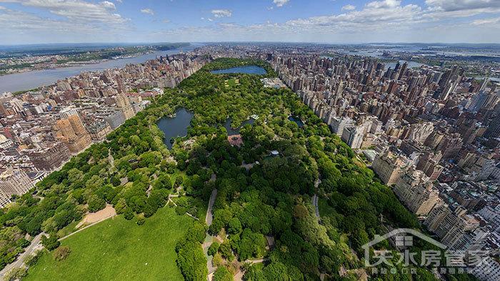 一如中央公园之于纽约,海德公园之于伦敦,朝阳公园之于北京,香蜜湖
